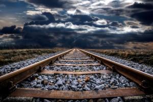 railway-track-2049394_1920